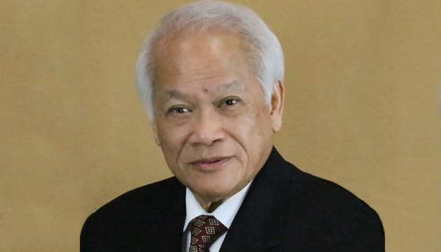 Trailblazing former Canadian Filipino parliamentarian Rey Pagtakhan to receive Order of Manitoba award
