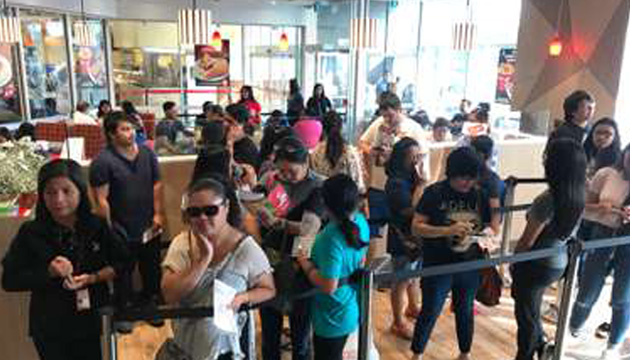 Jollibee Opens Second Store in Greater Toronto Area