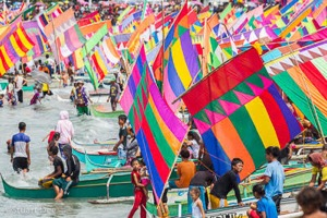 Getting colourful vintas ready for the annual Regatta de Zamboanga in Zamboanga, Southern Philippines.